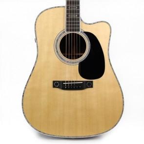 Martin DC Aura GT Dreadnought elektro-akustična gitara - izložbeni primjerak